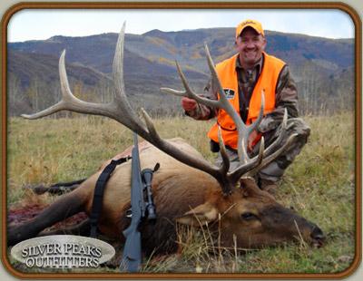 Colorado Private Land Hunts Trophy Mule Deer and Elk Near