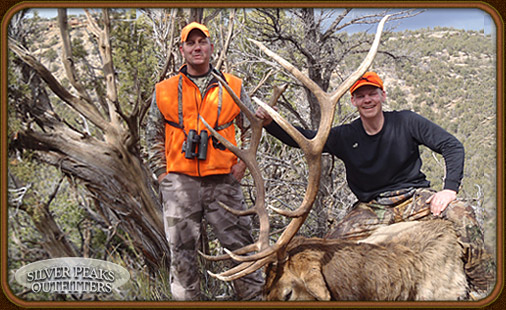 World Class Trophy Bull Elk and Mule Deer Guided Hunts in